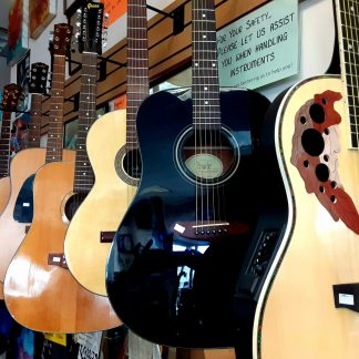 VINTAGE/PREOWNED GUITARS