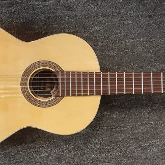 Preowned Tres Pinos (SNM) Classical Guitar